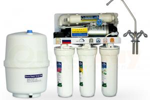 Tại sao nên mua máy lọc nước Geyser 4 cấp lọc