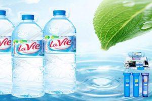 Tác hại khi uống nhiều nước khoáng đóng chai